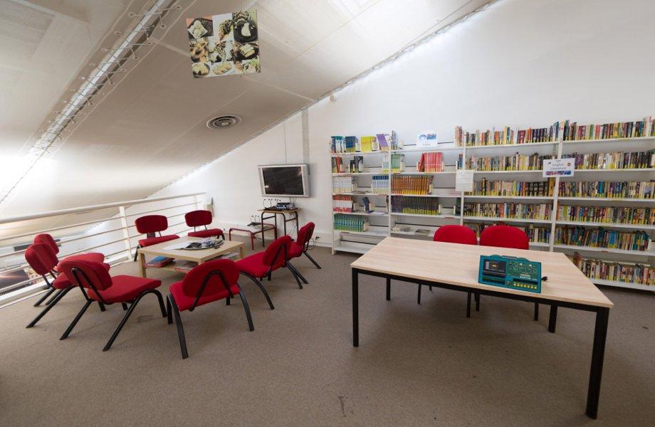 bibliotheque-mezzanine-espace-international.jpg
