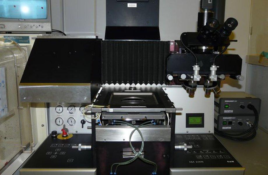 Equipement de photolithographie MA1006 BSA